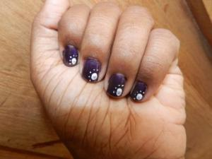 A simple traditional nail art